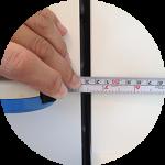 測る。測る。