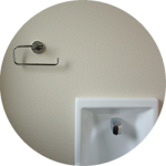 【WEB内覧会11】カラークロスのシンプルモダンなトイレ1階(後編)〜PanasonicアラウーノS仕様とTOTOの手洗い器