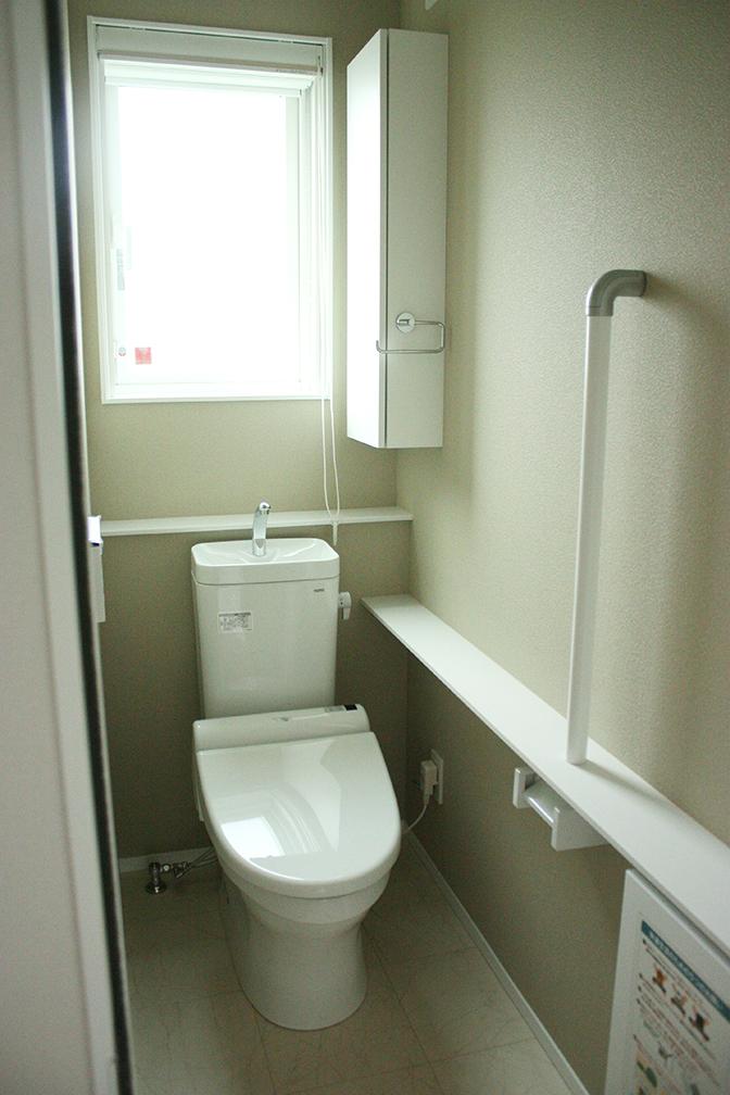 トイレ二階1-2