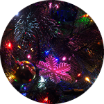 クリスマスツリーをより華やかに。ライトの飾り付けのコツ。