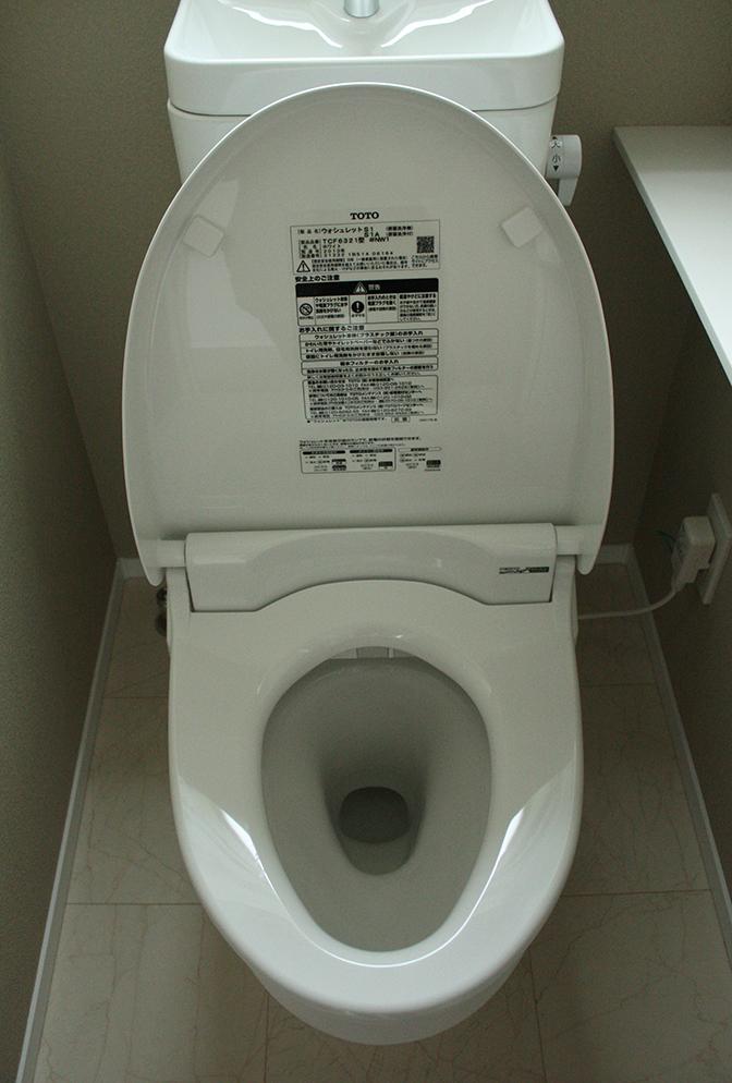 トイレ二階6-2