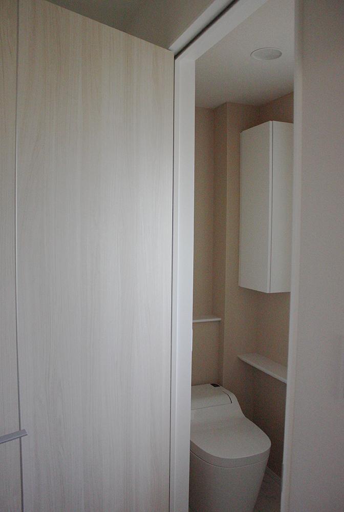 トイレ一階12-2