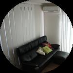【WEB内覧会21】シンプルモダンなリビング(前編)〜スリットスライダー(上吊り引戸)とテレビボードのある白い空間